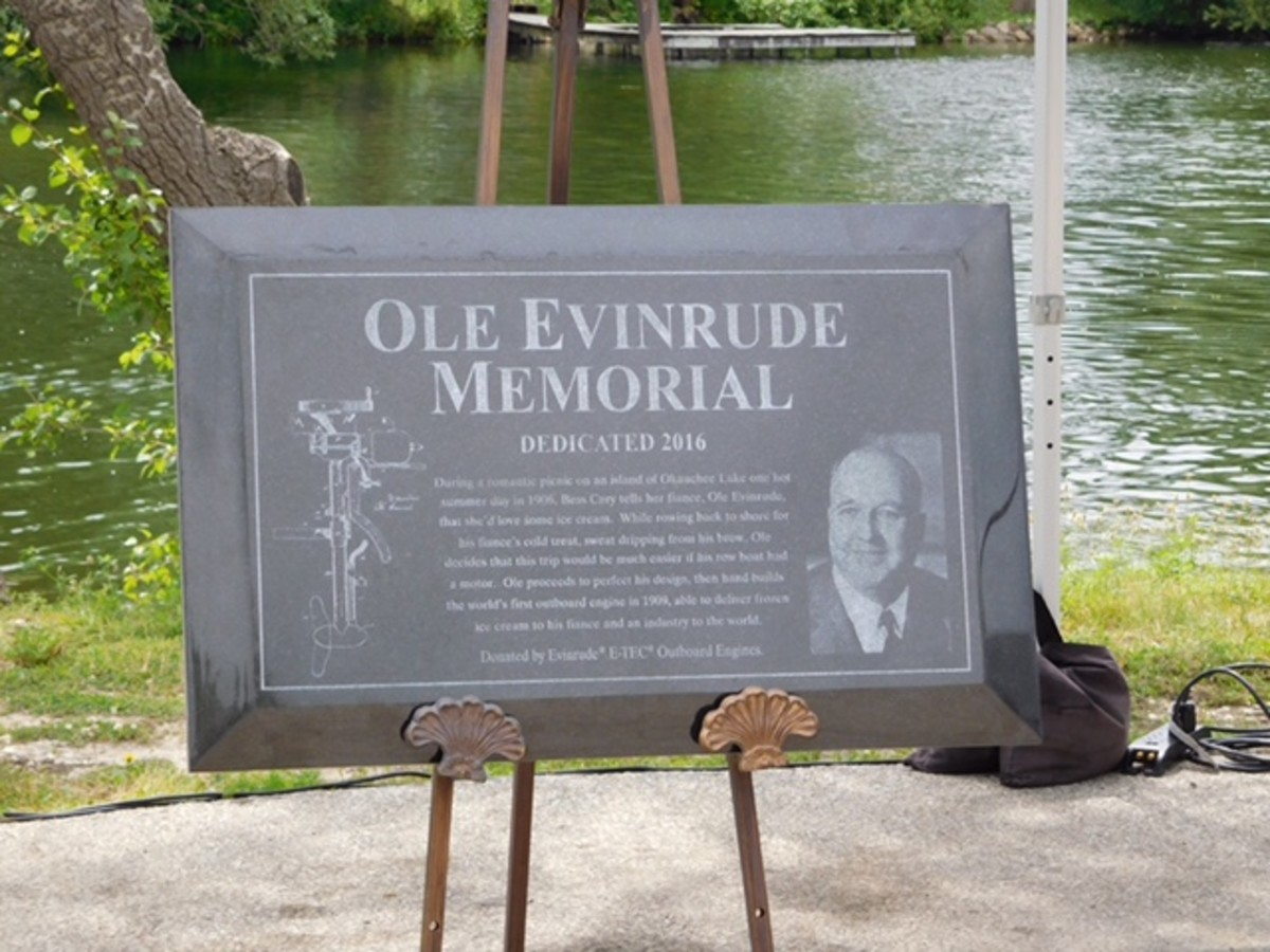 The dedication ceremony included the unveiling of a plaque in Evinrude's honor.
