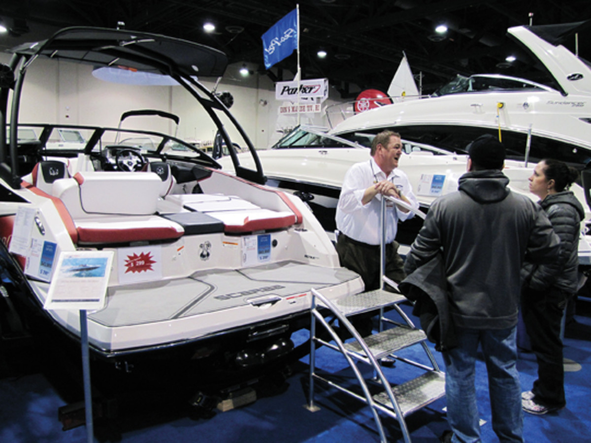 The first Providence Boat Show under the leadership of the Rhode Island Marine Trades Association attracted 9,600 people.