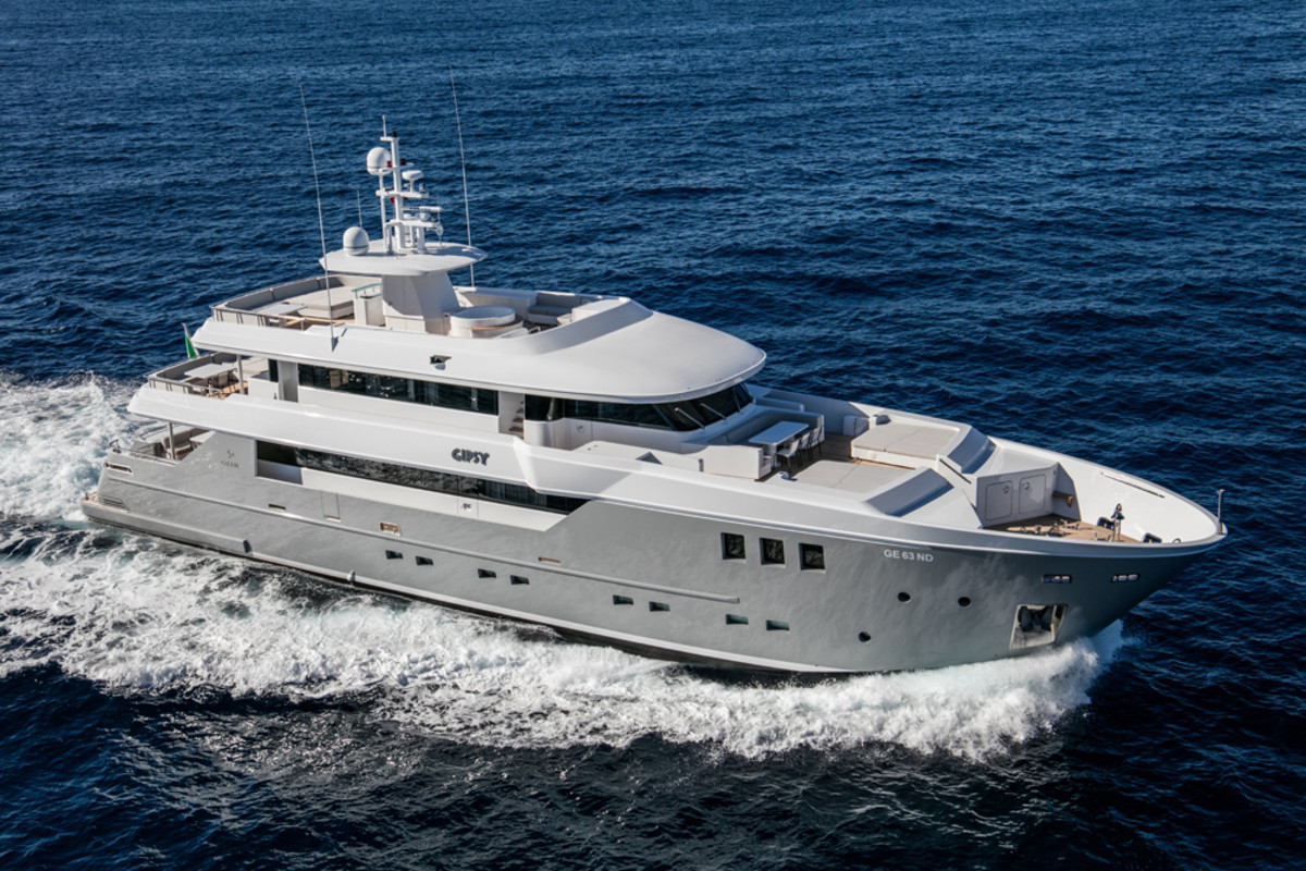 Otam said the new Custom Range 35 has a top speed of 20 knots and a range of more than 2,000 nautical miles at 11 knots.