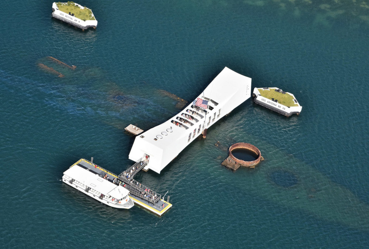 Bellingham Marine Builds Dock For Uss Arizona Memorial