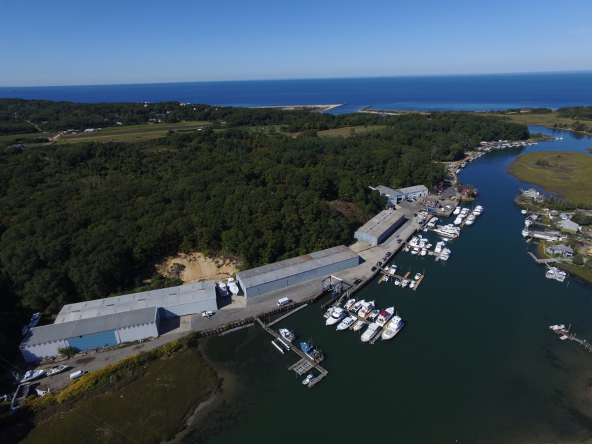 Mattituck Inlet Marina and Shipyard was renamed Strong's Yacht Center.