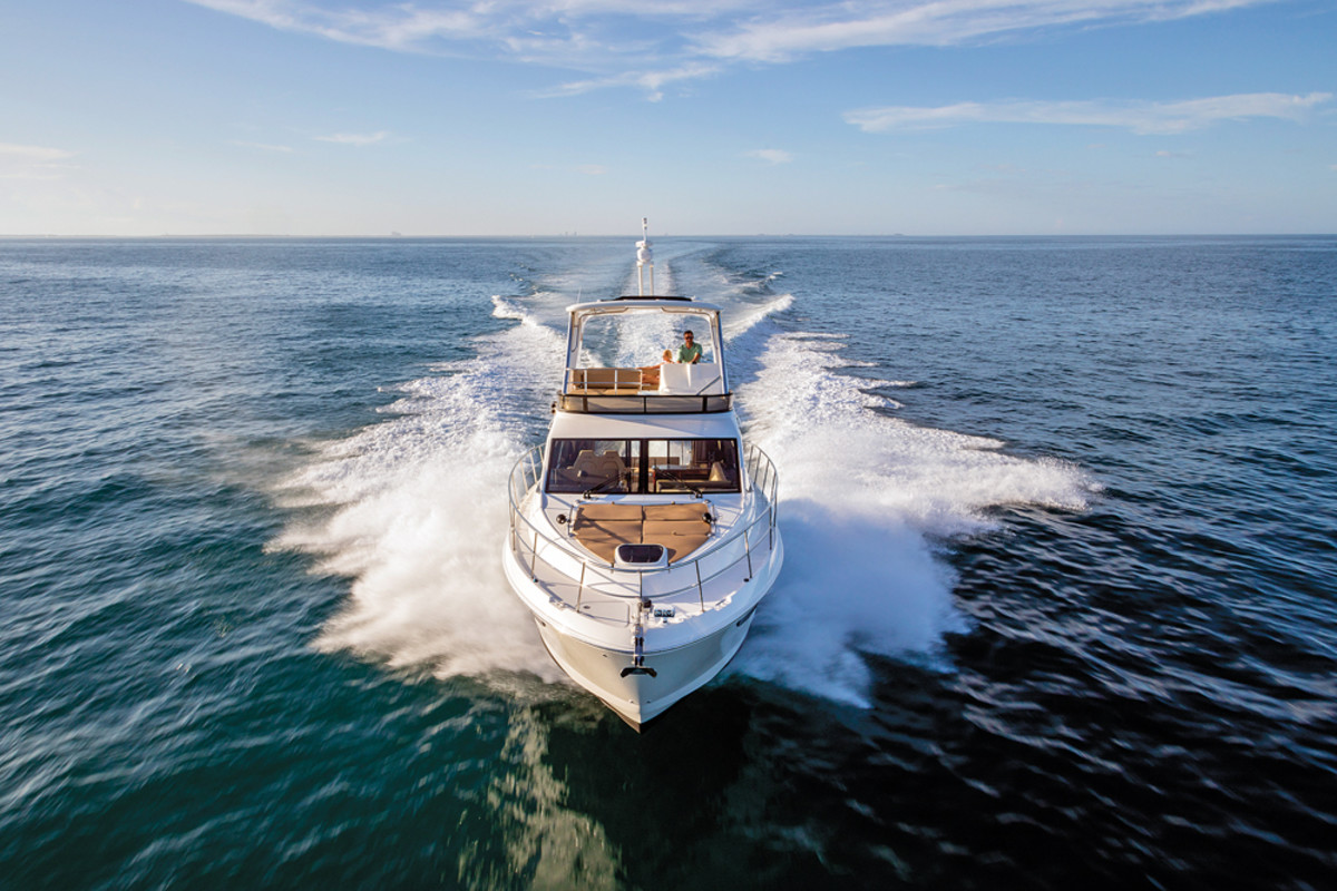 "Schiek describes the 460 Fly, which also is debuting at the Fort Lauderdale show, as a ""gorgeous and social new flybridge model."""