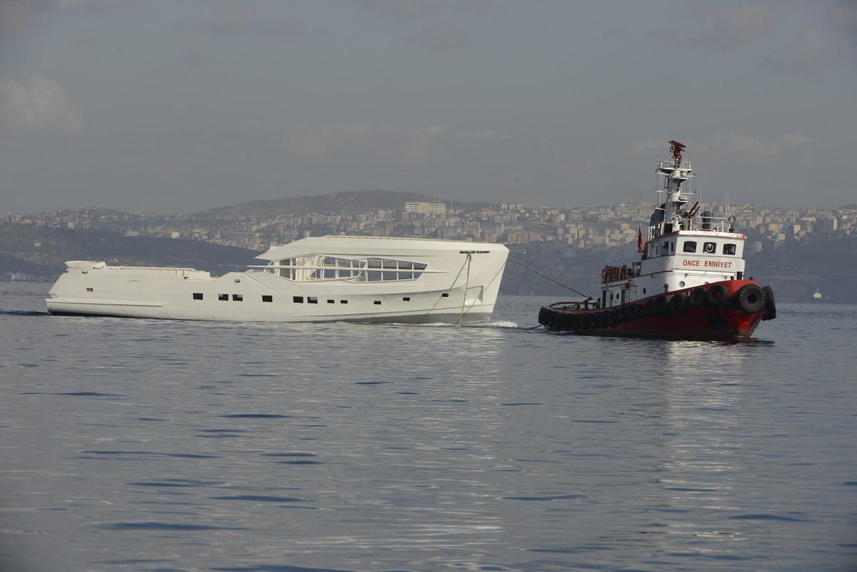 The Numarine 32XP Explorer is a three-deck, 106-foot long, 26-foot beam superyacht.