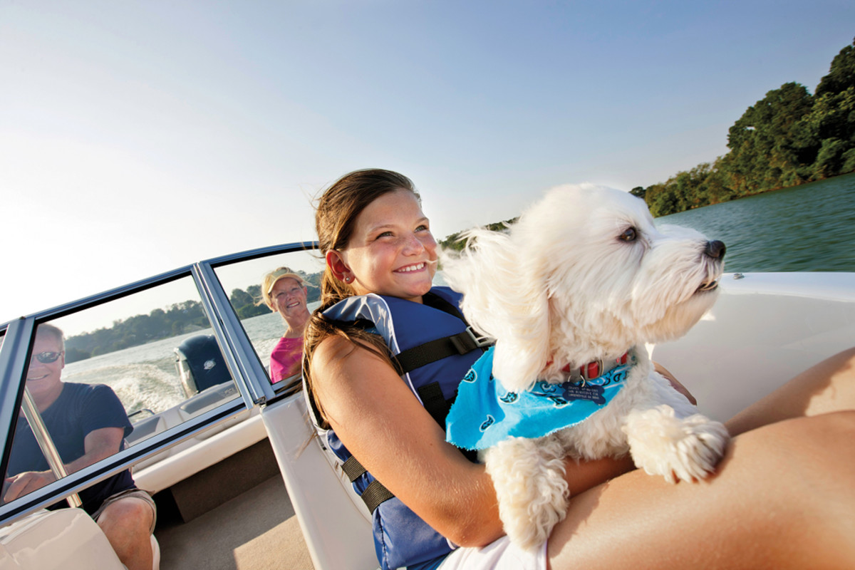Family fun on the water is at the heart of the Discover Boating message.