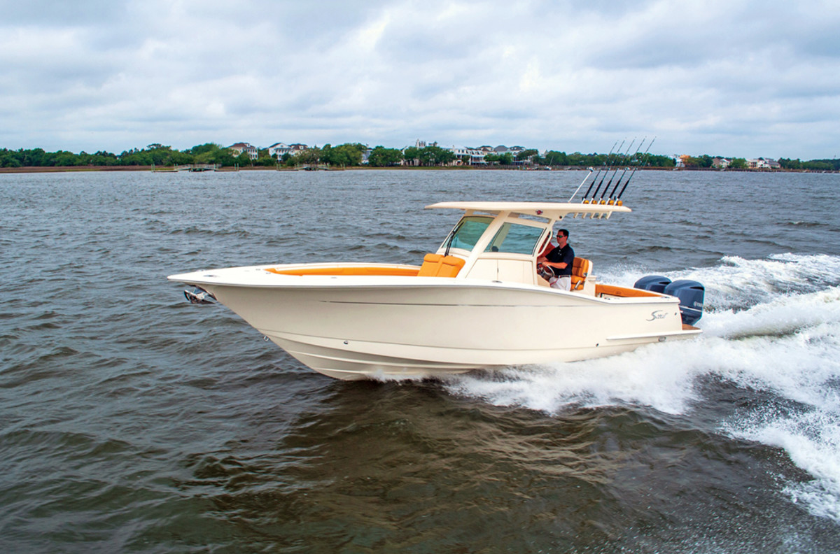 The 300 LXF was showcased at this year's Fort Lauderdale show.