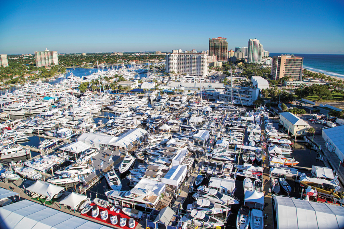 Show Management estimates that more than 1,500 boats were on display.