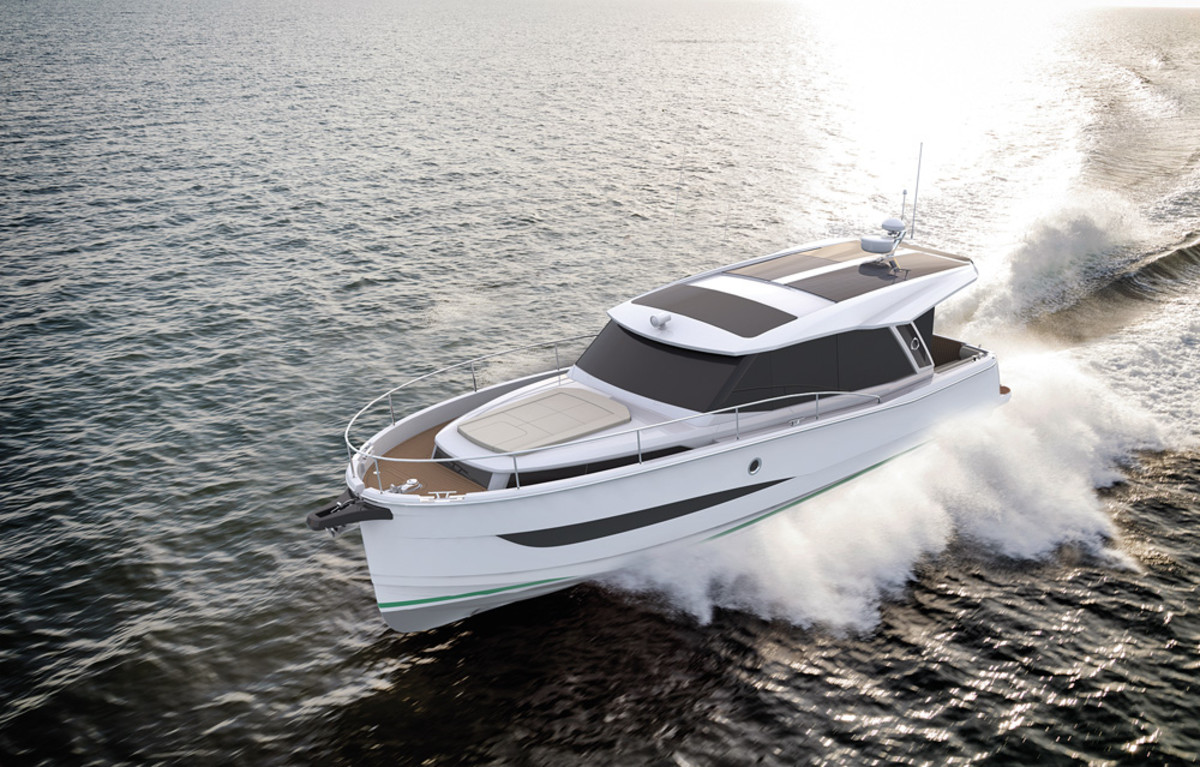 The 36 Hybrid tops out under diesel power at 25 knots and slides through the water at 6.5 knots with its electric motor.