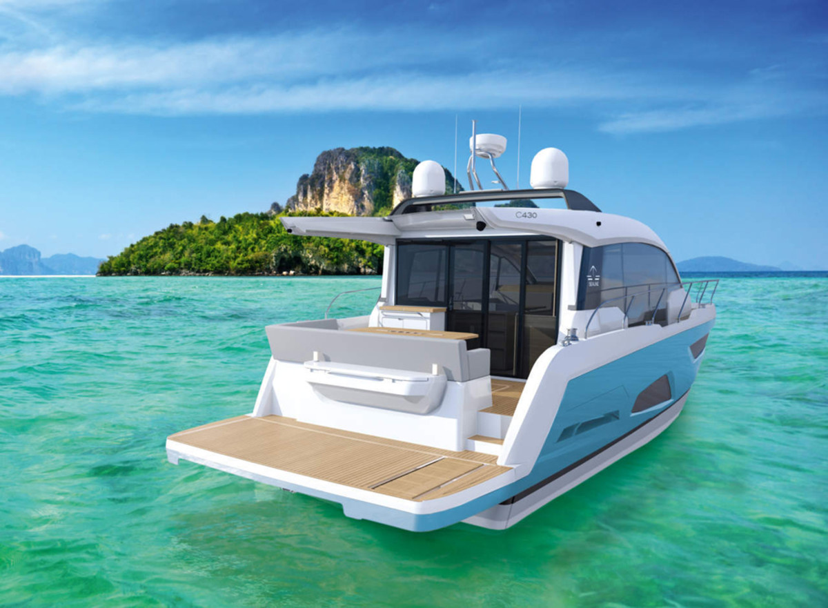 Sealine said its new C430 was developed according to the latest designs and is unique in its class.