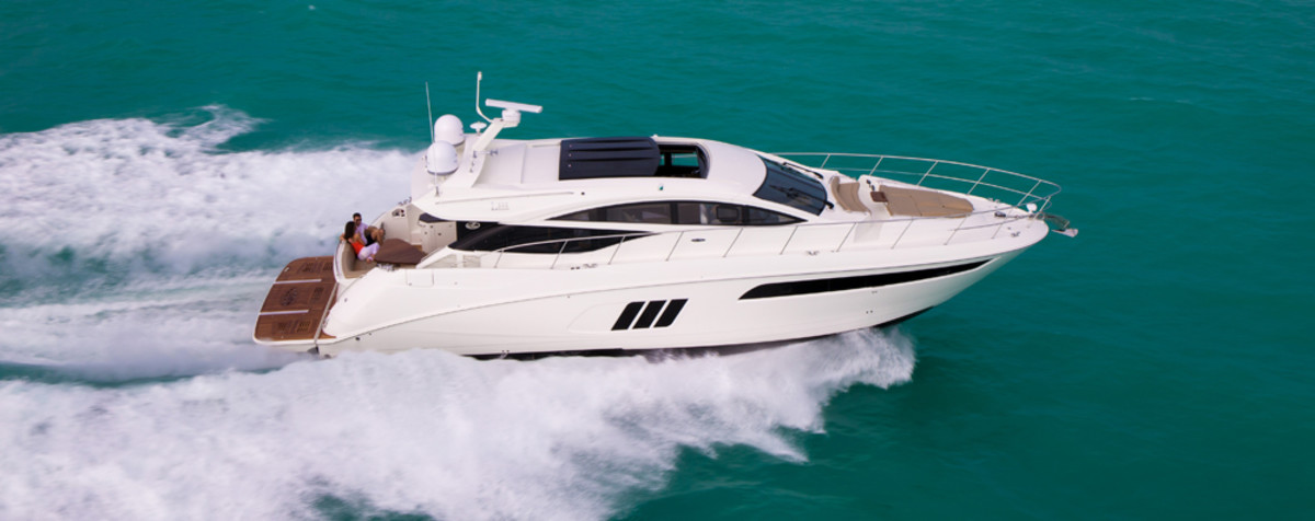 Brunswick said sales of 40- to 60-foot fiberglass sterndrive and inboard boats, such as this Sea Ray L590, took a backseat to more value-oriented aluminum boats in the first quarter.