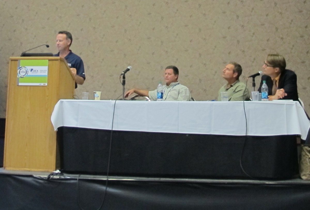 Everglades Boats industrial designer Joe Flota speaks during an IBEX seminar on the design-to-production path of the Everglades 435cc. To his right are Gregg Inscore of GCI Designs; Dan Mielke of One Design; and Aaron Porter, editor of Professional BoatBuilder magazine.