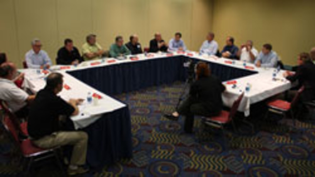 0217_roundtable
