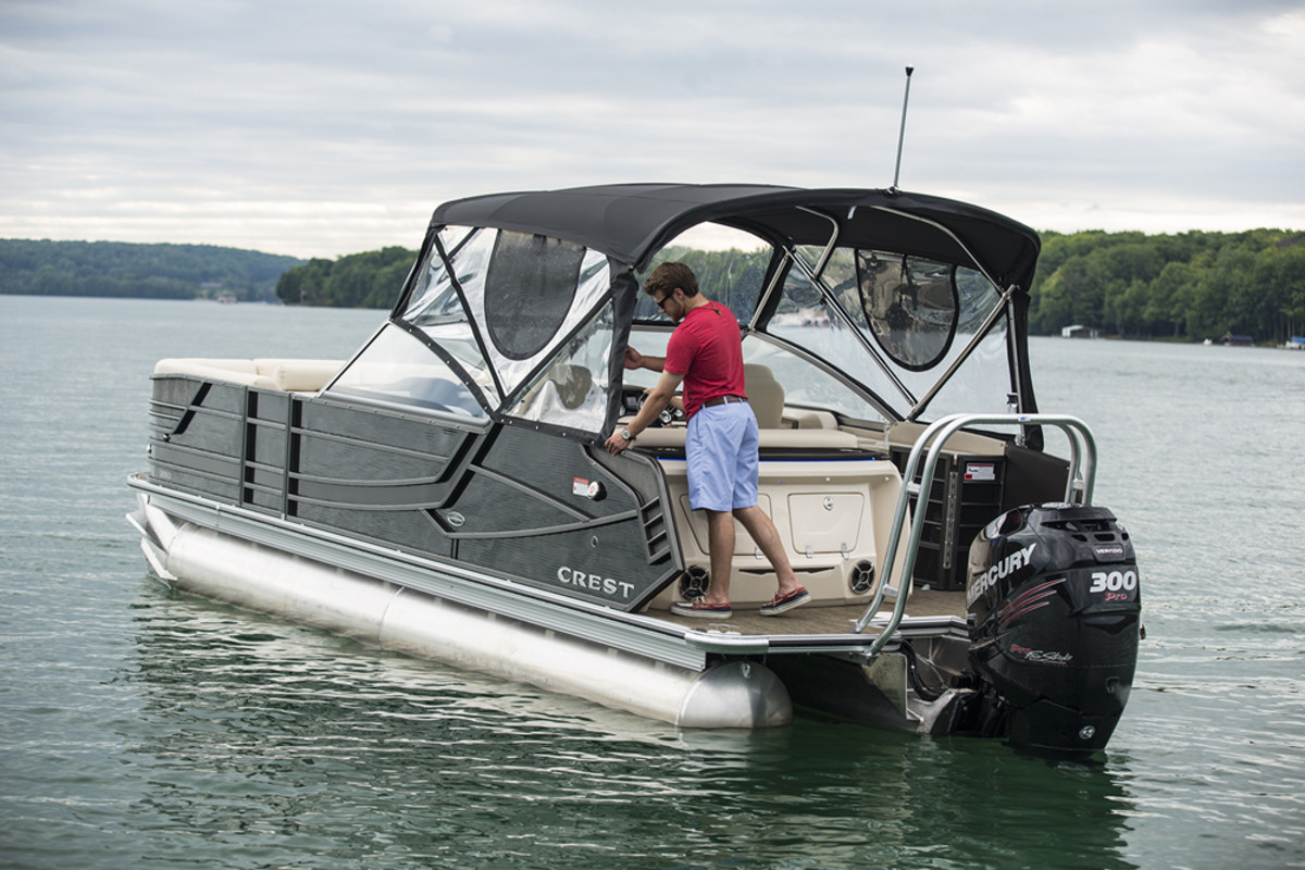 Lund Boat Dealers >> Crest Marine wins luxury pontoon honor - Trade Only Today