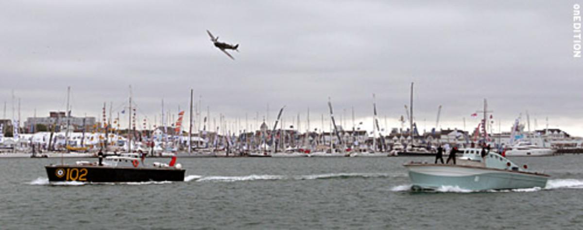 091010_boatsbird2