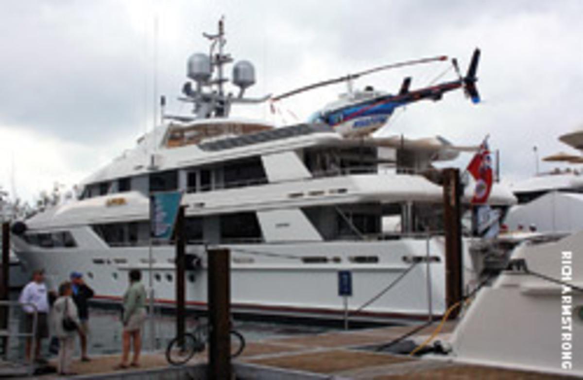 24_big-boat_02