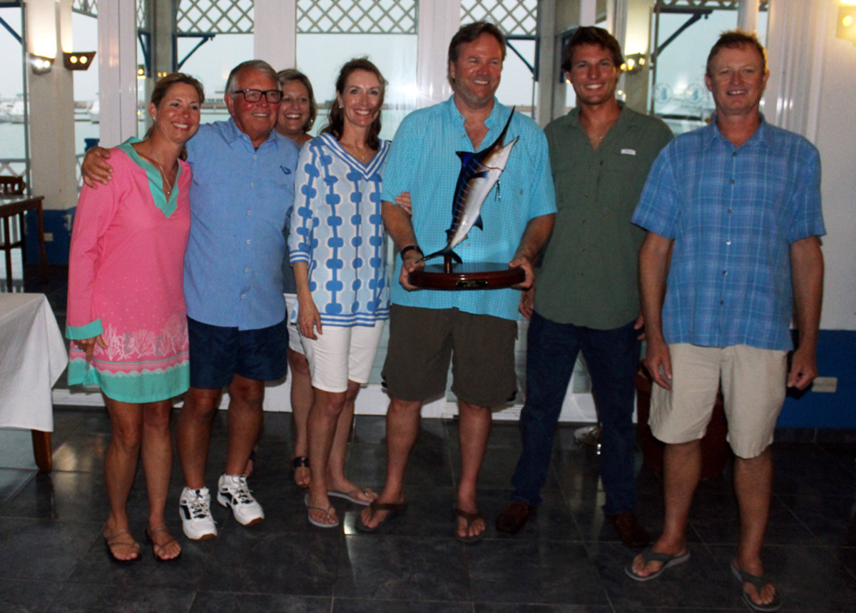 The team aboard Seamaster won first place in the first of the two Gamefish Grande Tournaments. It was held at Marina Gaviota in Varadero.