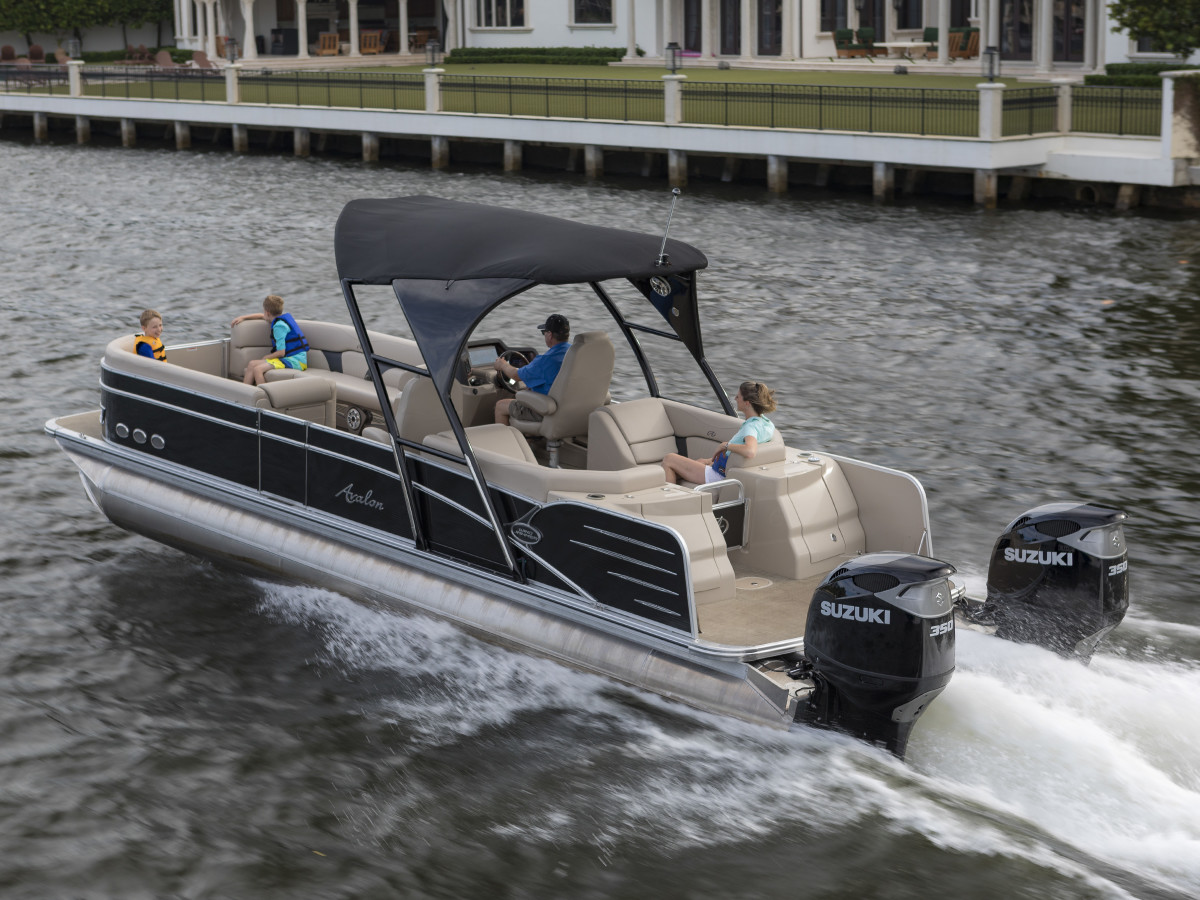 Twin Suzuki 350-hp DF350A engines are shown on an Avalon pontoon boat.