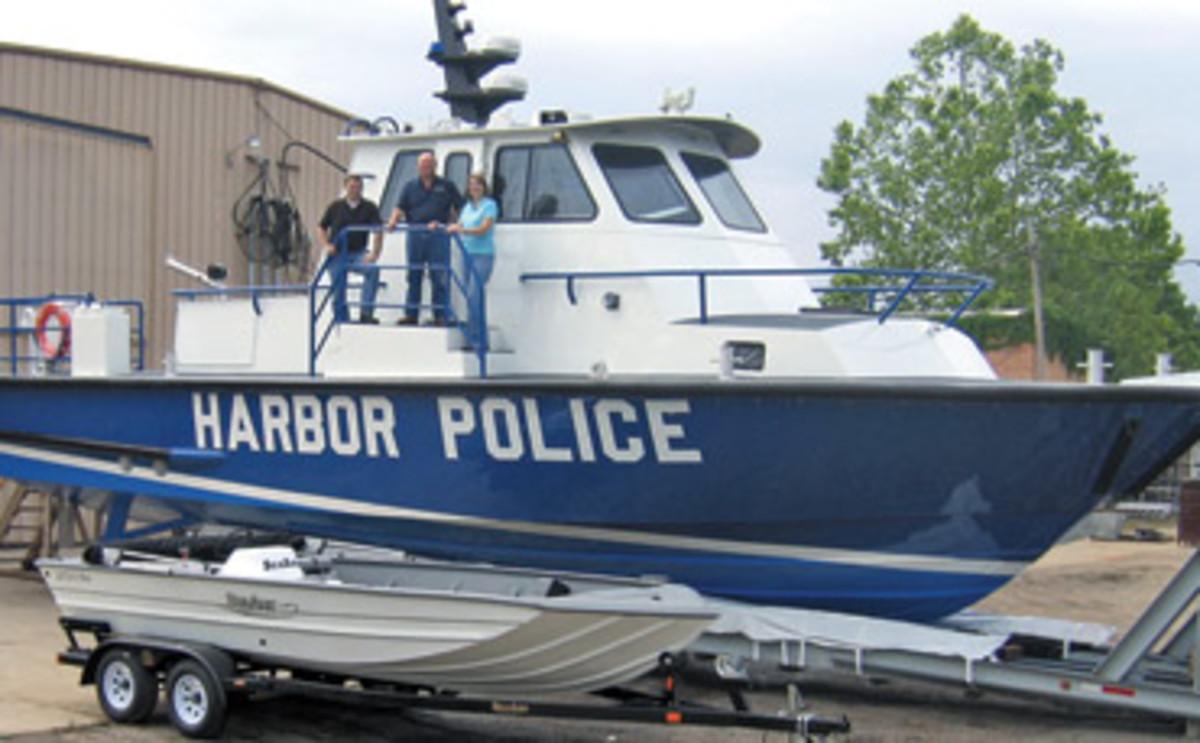 85_harborpolice_01