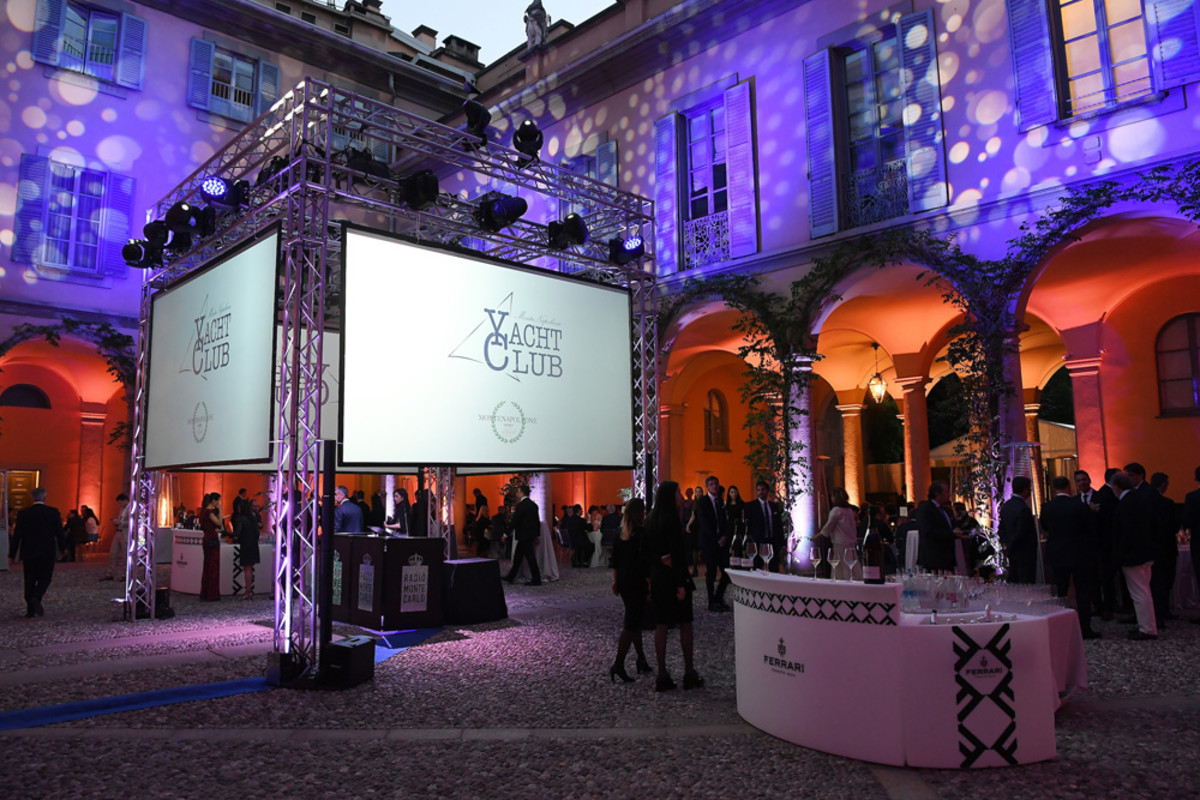 The gala dinner for MonteNapoleone Yacht Club was held at the Palazzo Borromeo d'Adda in Milan.