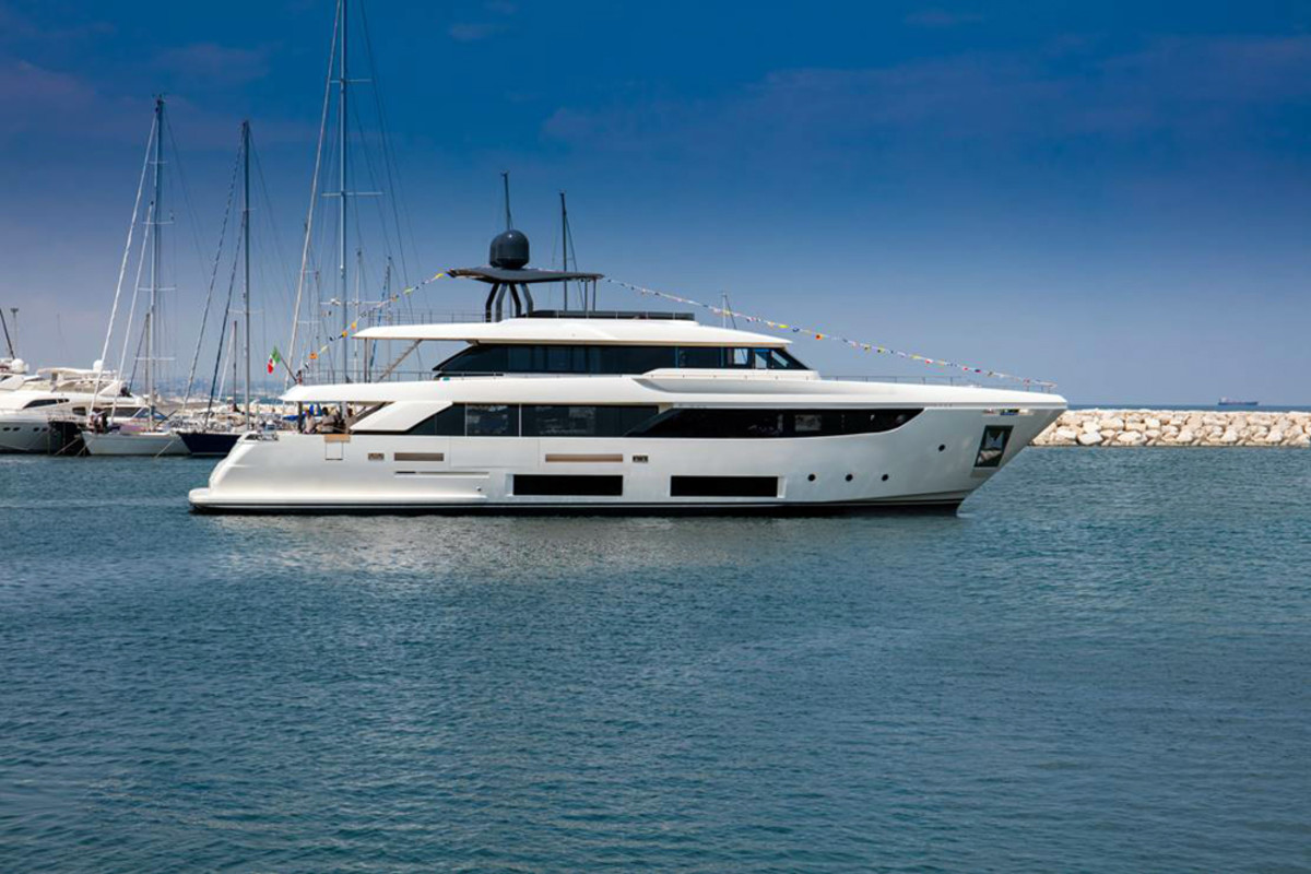 The Navetta 33 is the latest semidisplacement superyacht from the Ferretti Group.