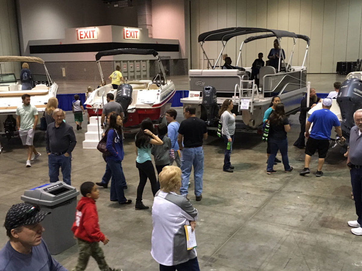Visitors to the MIACF display at the Orlando Home & Garden Show learned that boating is more affordable than many thought.