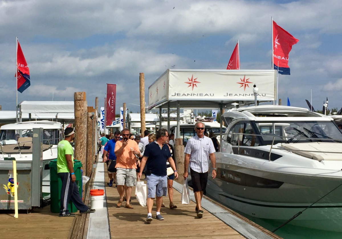 Crowds enjoyed excellent weather at the 2018 Miami International Boat Show.