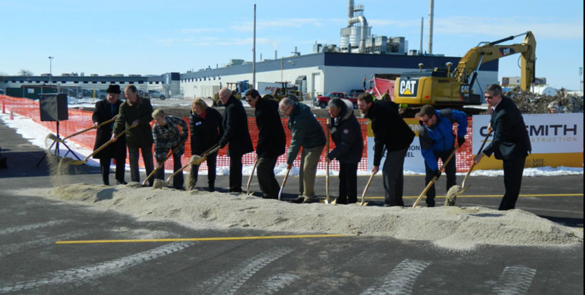 Mercury Marine held a groundbreaking ceremony for its new 20,000-square-foot facility.