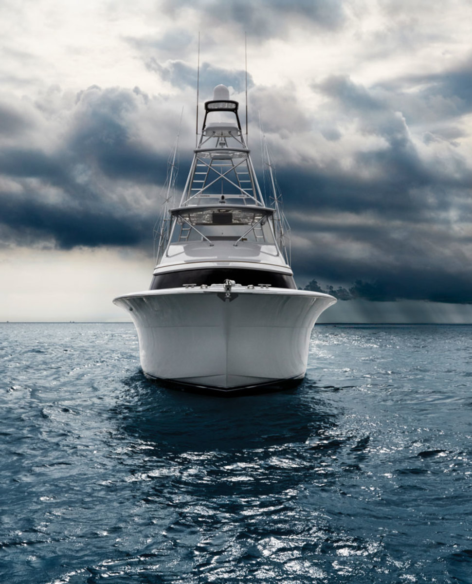 Hatteras GT63 Convertible sportfishing yacht