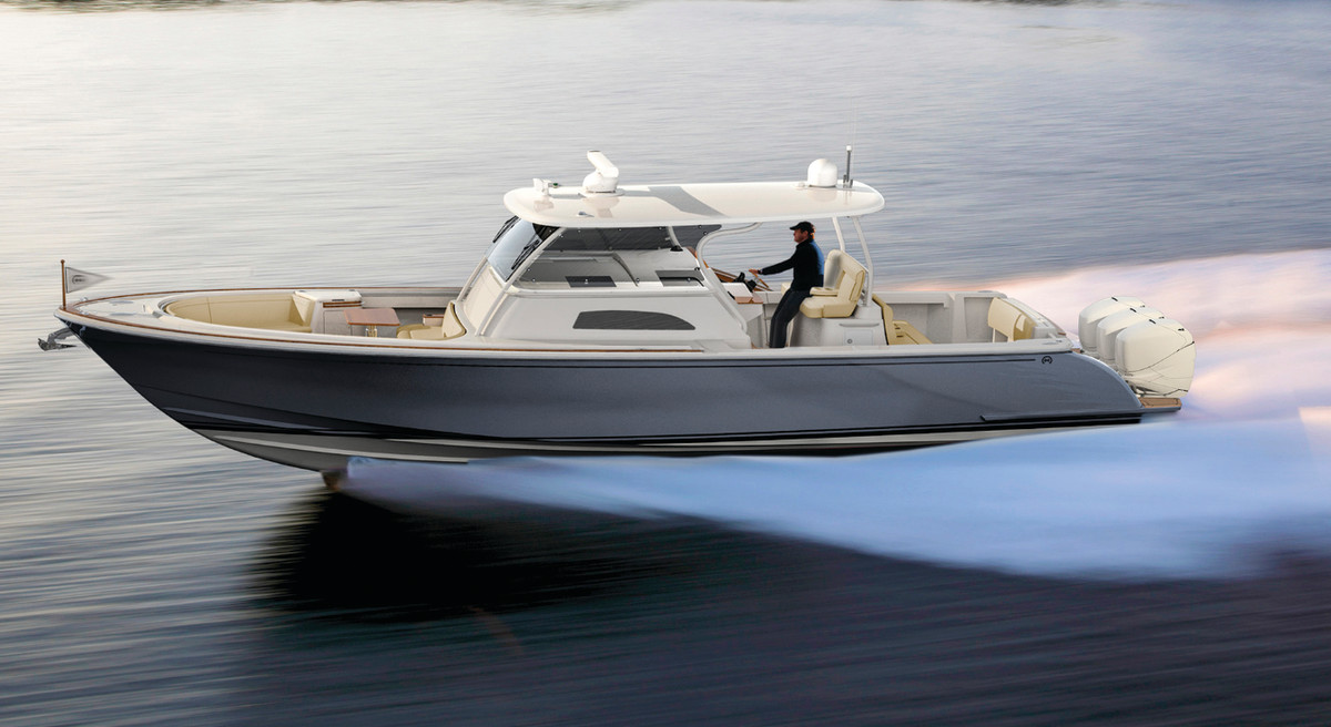 Launch Ramp Hinkley-Sport Boat CC 40