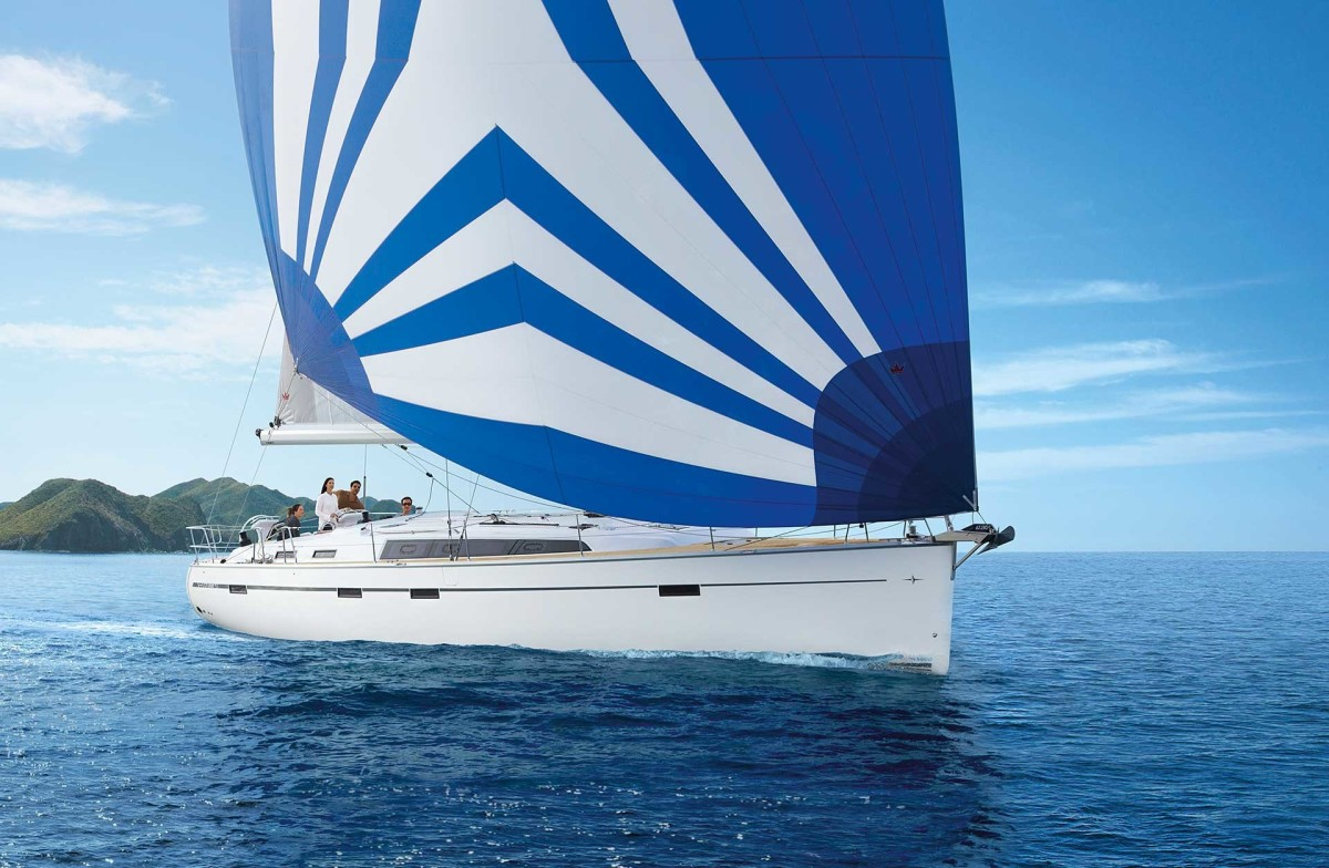 bavaria-sy-cruiserline-c51-exterieur-c51_ext_sailing_9cd713147a
