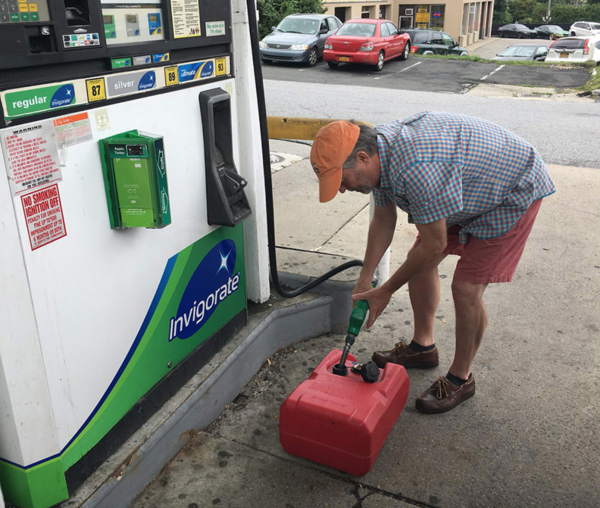 A BoatUS survey found that more than half of all boaters fill up at roadside stations.
