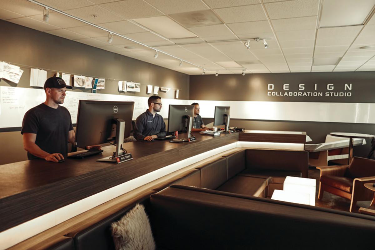 1. Design Desk-2