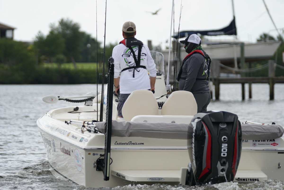 An Evinrude E-TEC G2 200-hp outboard powered the boat.
