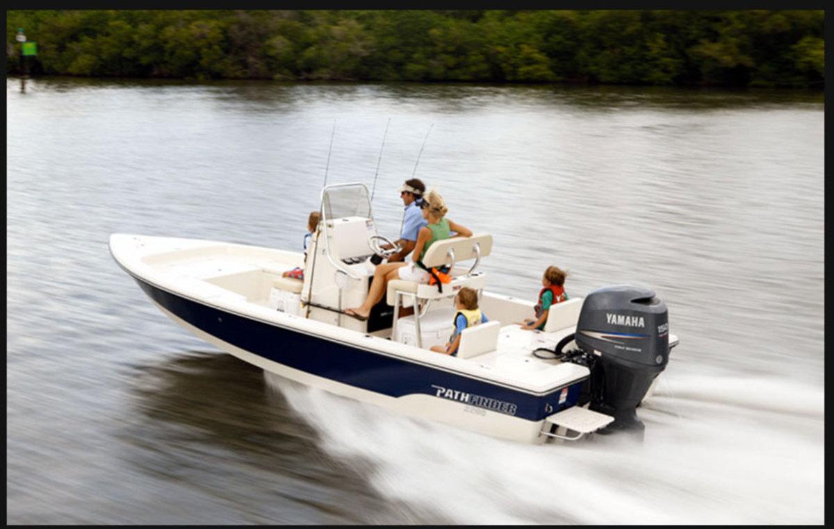 Pathfinder 2200 TRS Boat