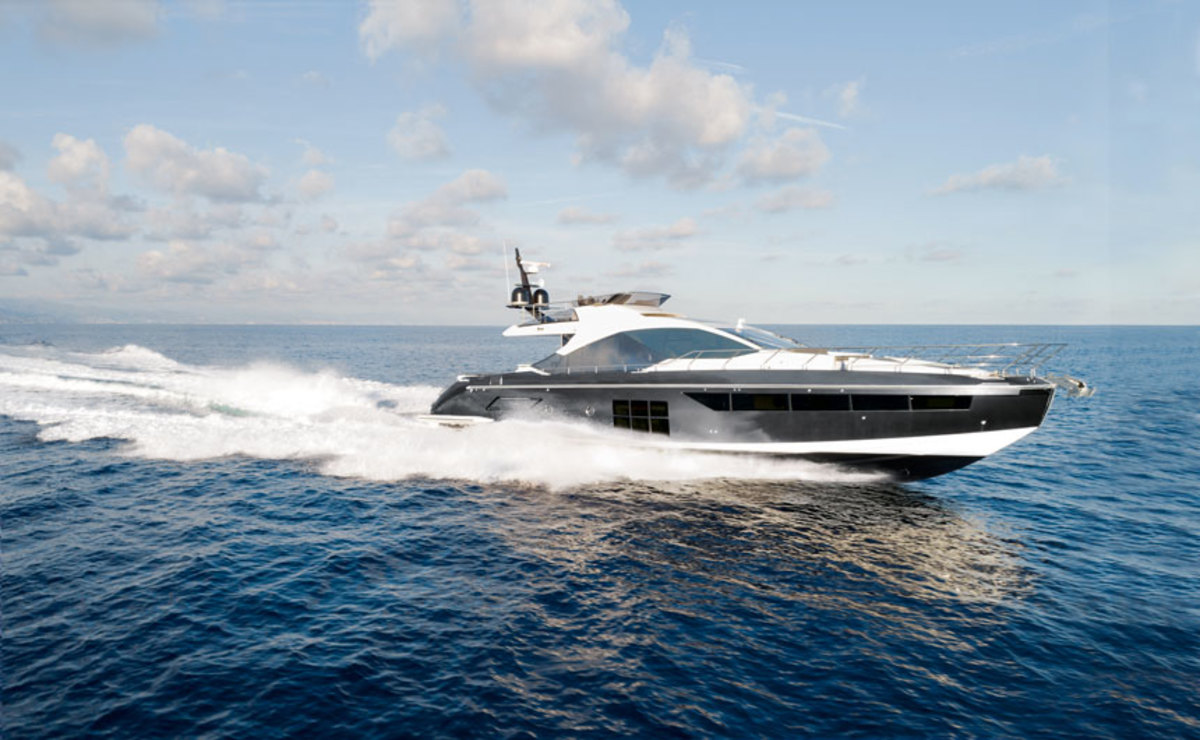 The Azimut S7 will make its U.S. debut at the Fort Lauderdale show.