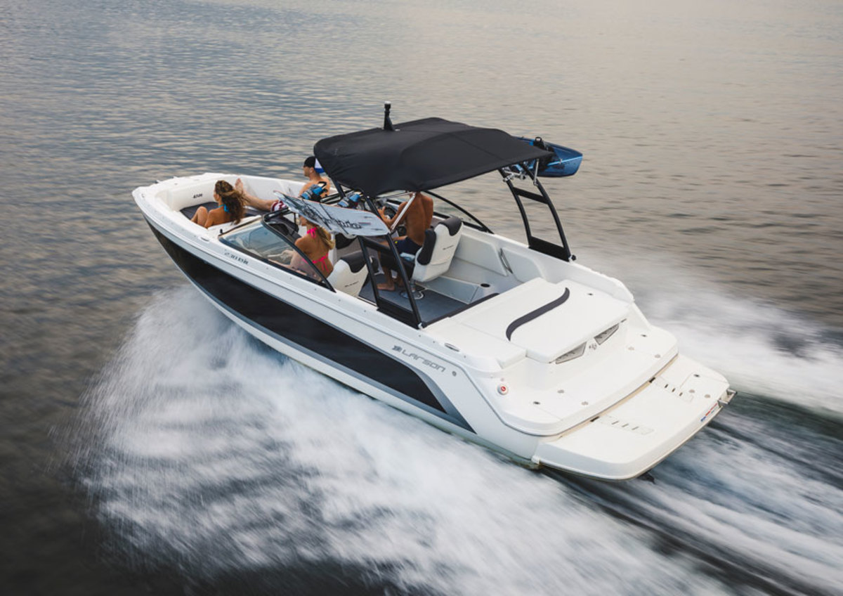 Standard power for the 230 IO is a 200-hp MerCruiser 4.5L Alpha sterndrive, and options range up to the 300-hp 6.2L Bravo Three twin-prop sterndrive.