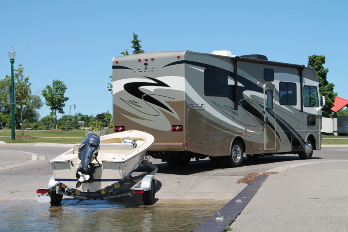 More people are combining recreational activities such as RV use and pleasure boating.