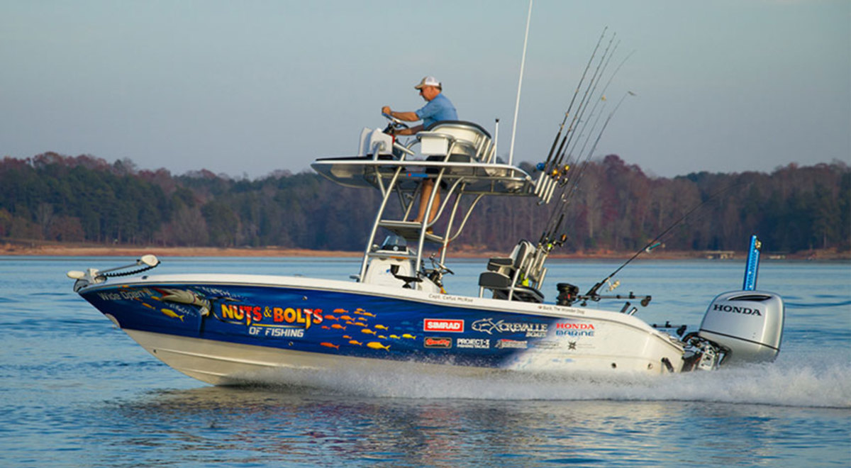Webasto's BlueSky electric sliding hatch is featured on show host Cefus McRae's new Crevalle 24-foot center console bay boat.