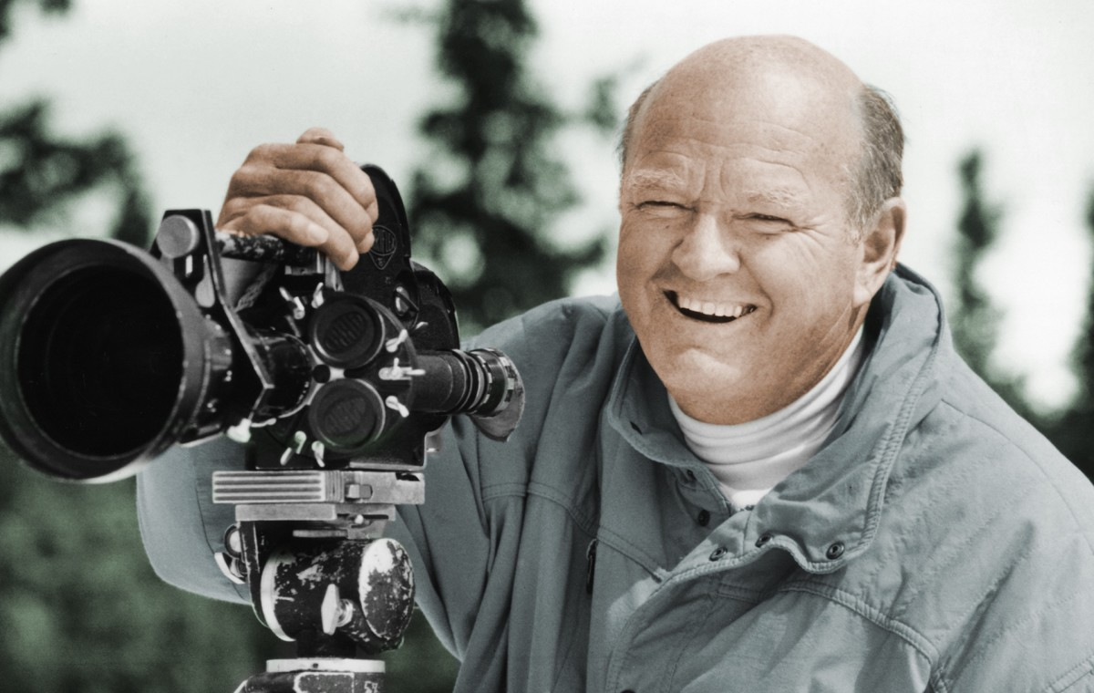 Warren A. Miller produced more than 500 films, primarily about outdoor activities that included surfing, sailing and other water sports.