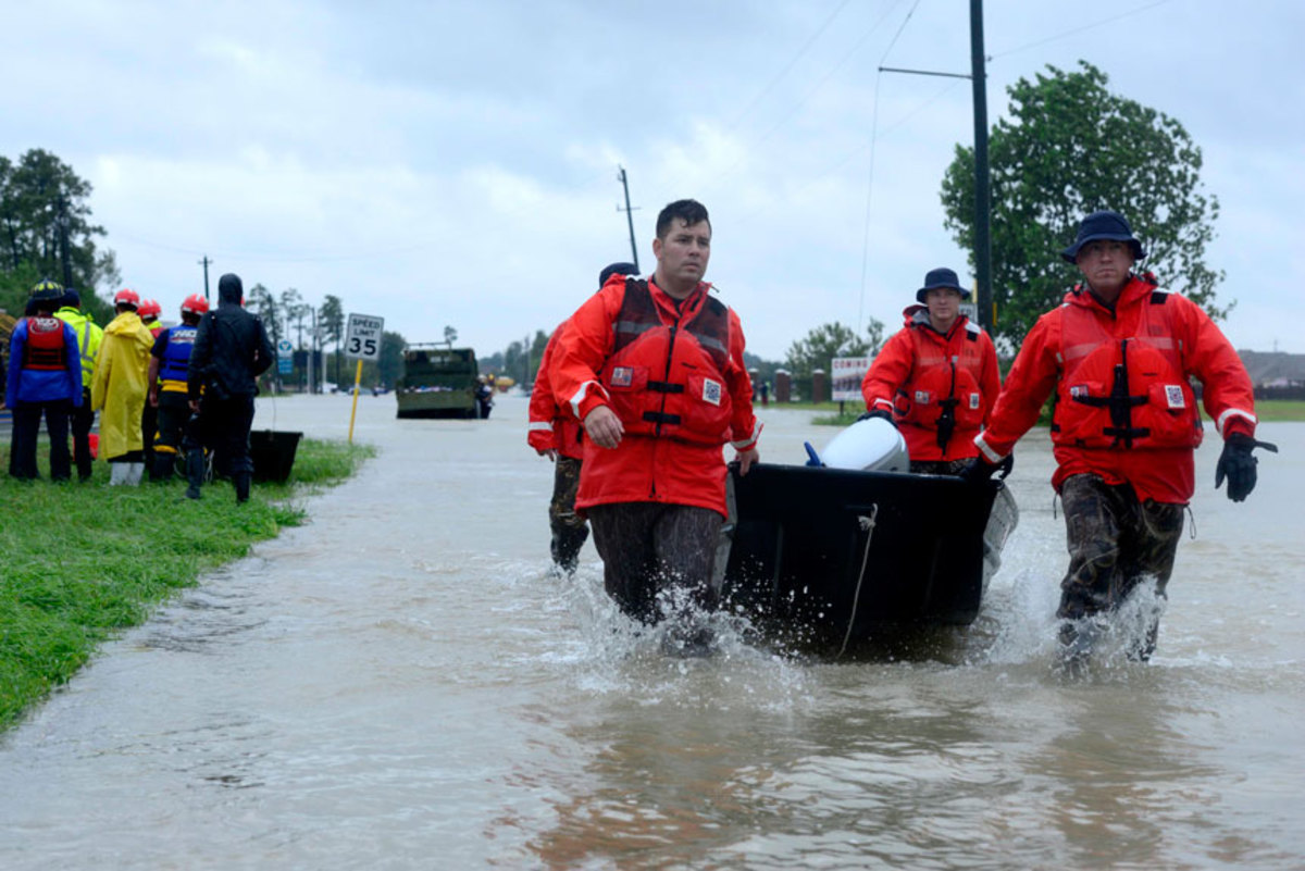 The Eighth Coast Guard District in New Orleans is being recognized for its exemplary efforts in response to hurricane Harvey.