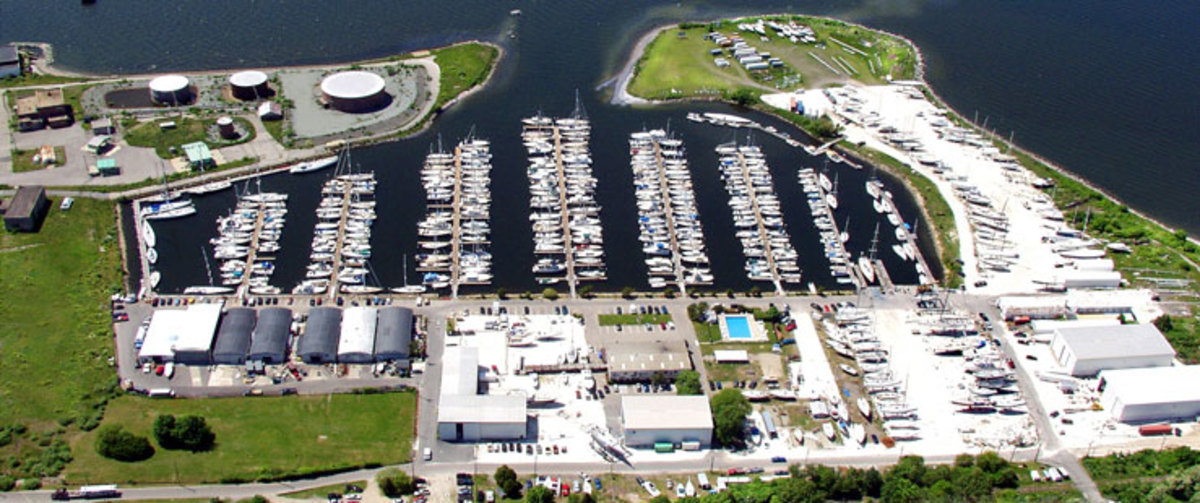 New England Boatworks is a full service facility for sail and powerboats.