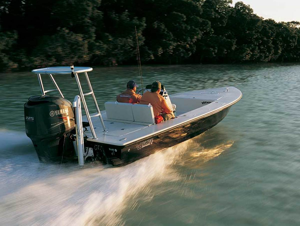 Yamaha's F225 was an early low-profile, 4-stroke, which made it compatible for flats and other lightweight boats.