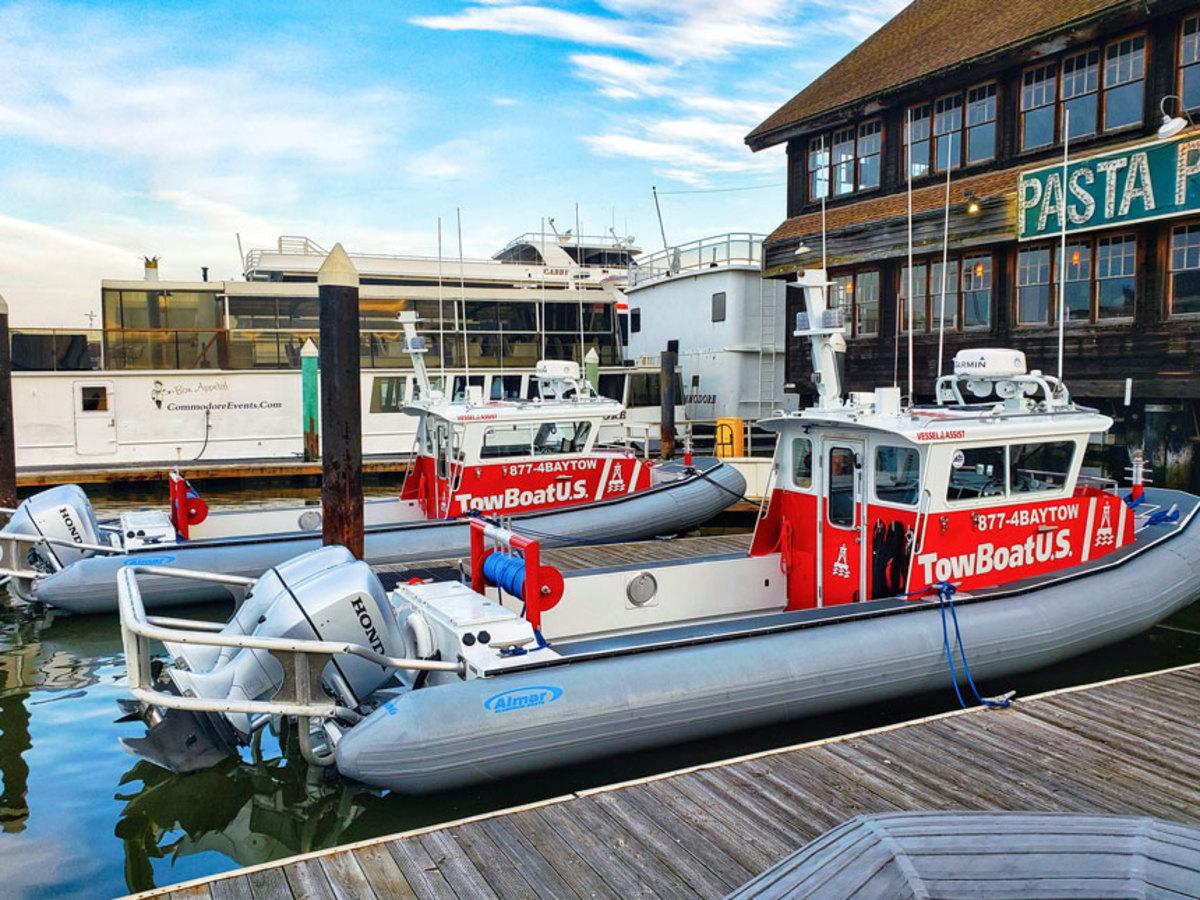 TowBoatUS Alameda's 28-foot response boats.
