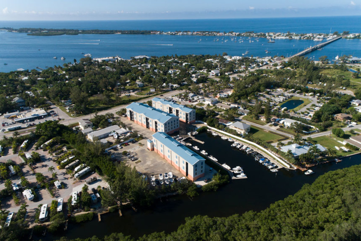 Southern Marinas Holdings purchased Florida-based Bradenton Boat Club.