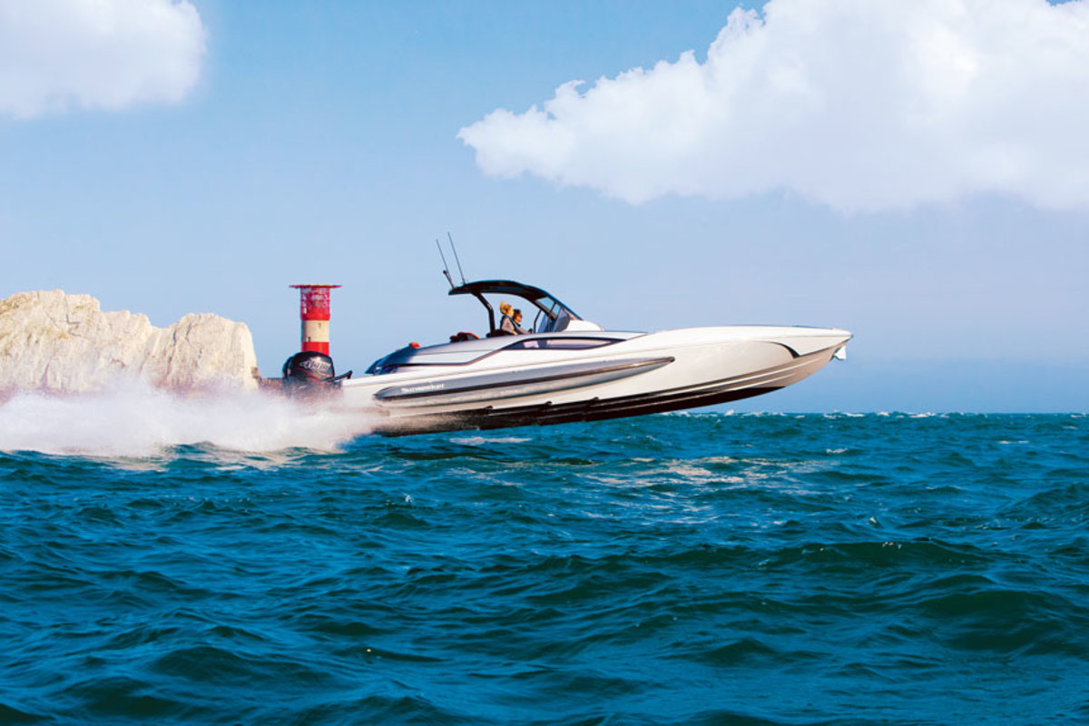 Sunseeker-International-Hawk-38x860