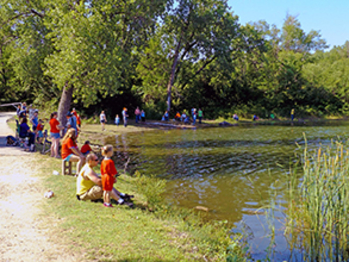 The lake is popular for fishing, swimming and small craft.