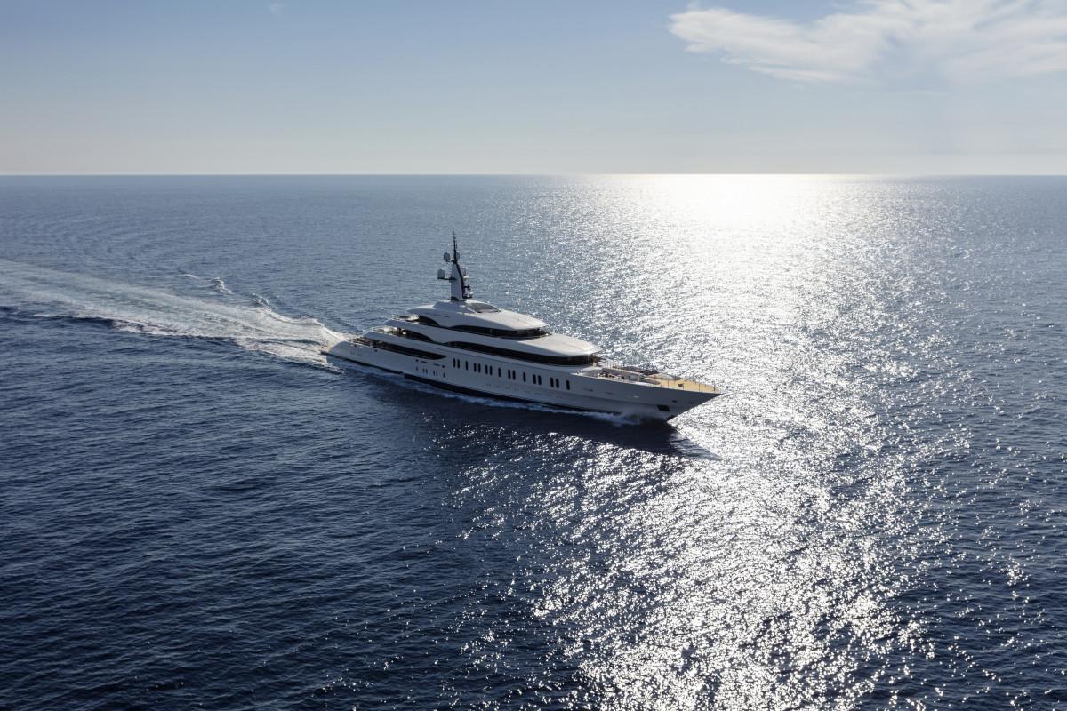 Azimut-Benetti Giga yacht FB275 (4) high res