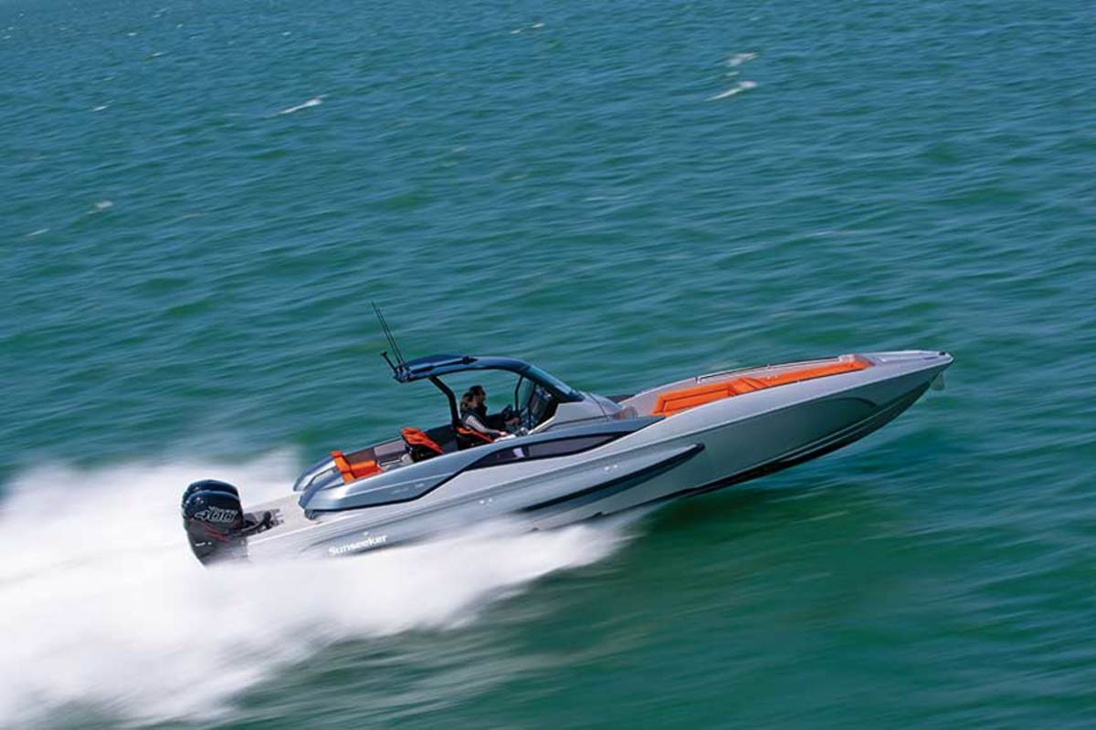 The Hawk 38, the smallest boat in the Sunseeker fleet, launched a new Performance category.