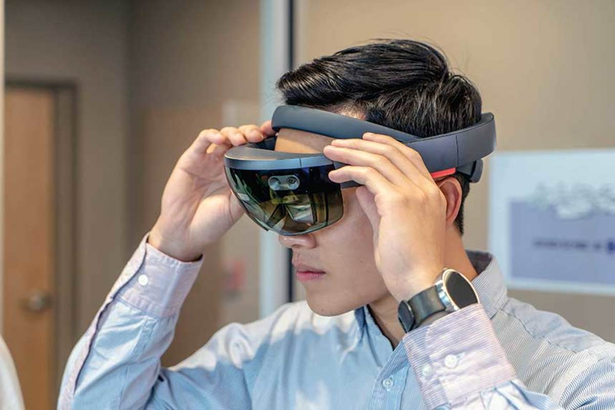 """Virtual reality has applications beyond the """"wow"""" factor. Dealers might be able to bring fewer models to a show, and buyers can experience custom features before a boat is built."""