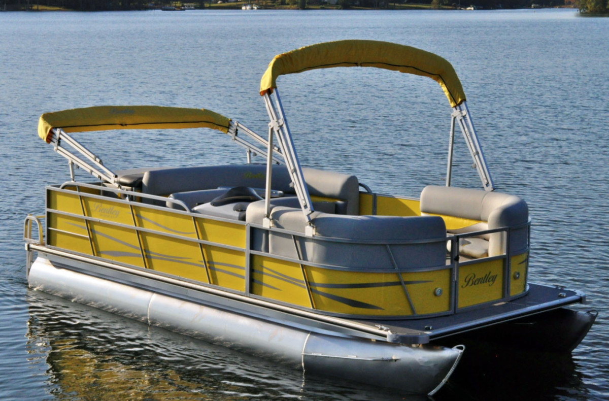 A slowdown in the aluminum and pontoon segments contributed to a flattening of boat sales.