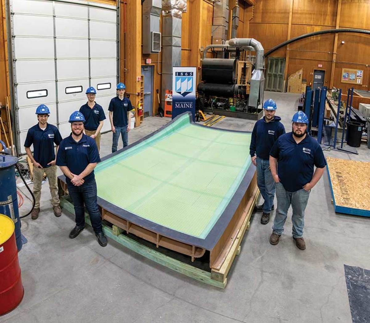 Students at the center 3-D-printed a hardtop mold for Maine builder Hodgdon Yachts.